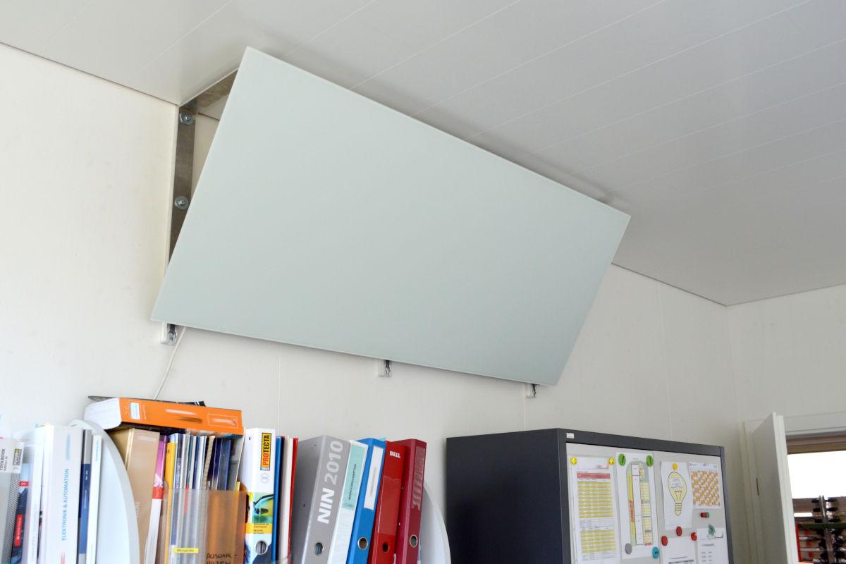 FIRST Heating Elegant Basic im Einsatz im Büro für punktuelle Beheizung